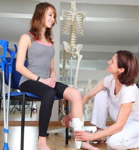 فعالیتهای اوقات فراغت در کار درمانی به چه معناست؟